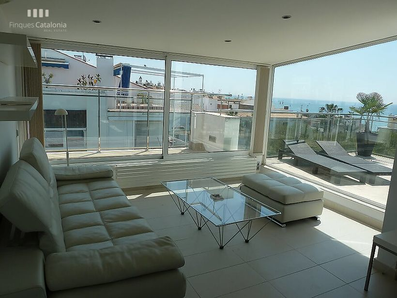Penthouse overlooking the sea, with 3 terraces on the Mediterranean, SITGES