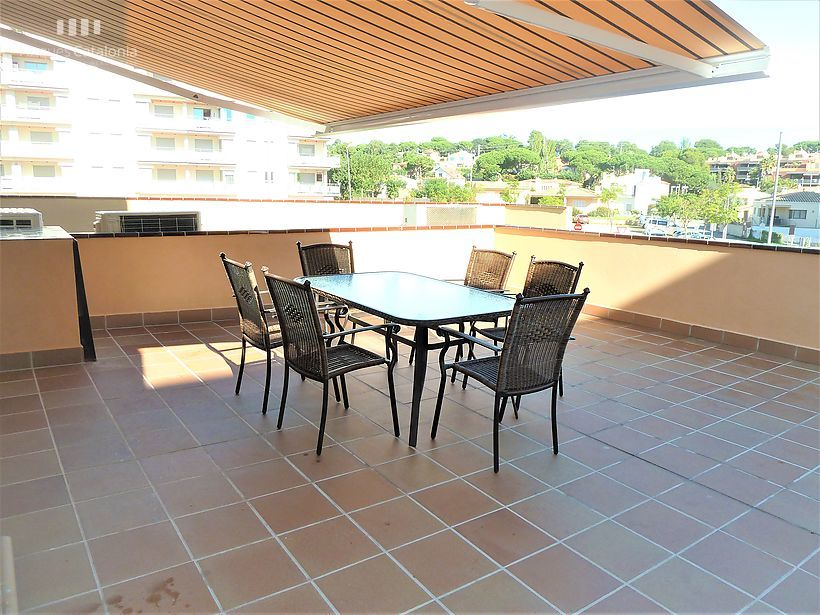 new apartment with terrace of 24 m2 on 3rd line of Sant Antoni de Calonge