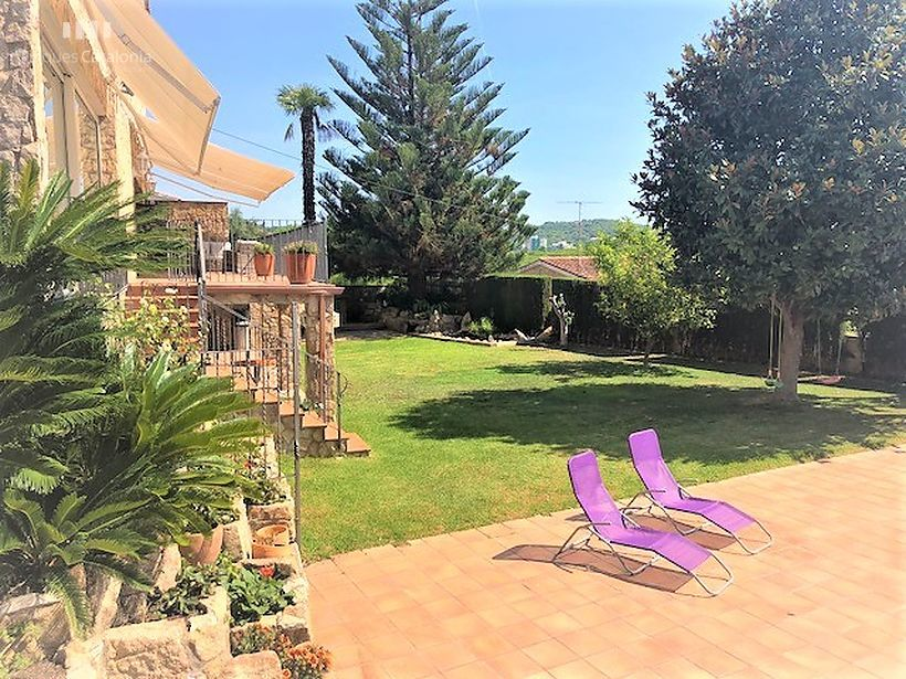 Stone villa with sea views and pool in Platja d'aro