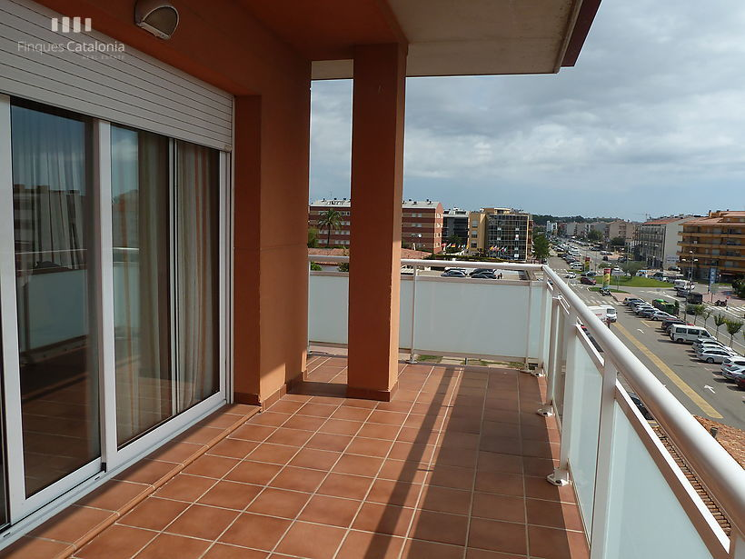 Apartment with large balcony in Sant Antoni de Calonge