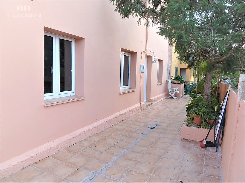 Ground floor with large terrace in Mont - Ras
