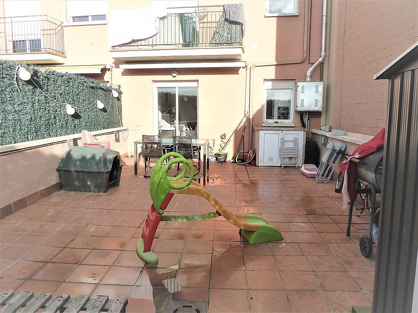 Apartment with three bedrooms and large terrace in Palamós