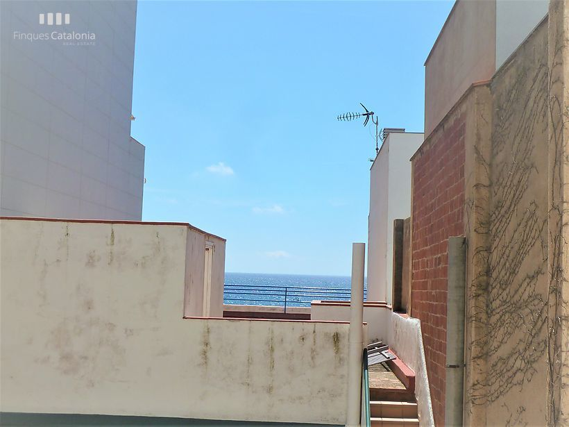 Apartment with terrace overlooking the sea in 2nd line of Sant Antoni de Calonge
