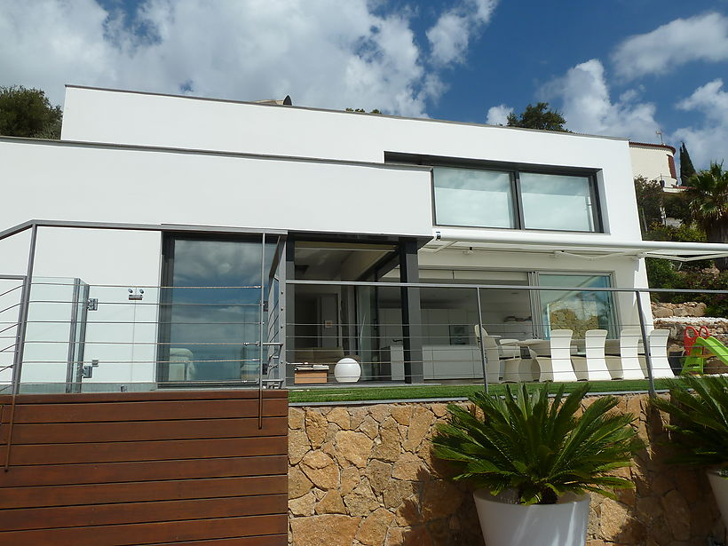 Impeccable luxury house with sea views in Calonge